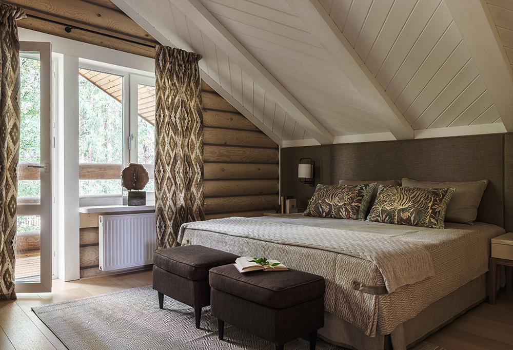Идеи дизайна спальни на мансарде фото 9