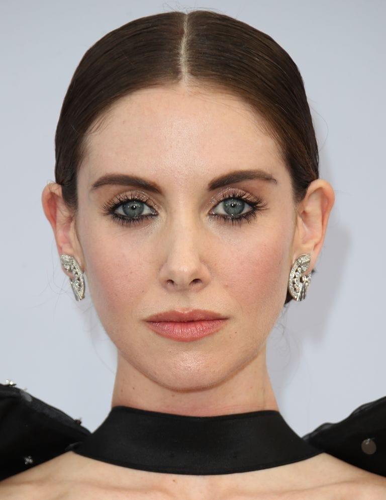 tendencii osennego makijazha dlja potrjasajushhego obraza