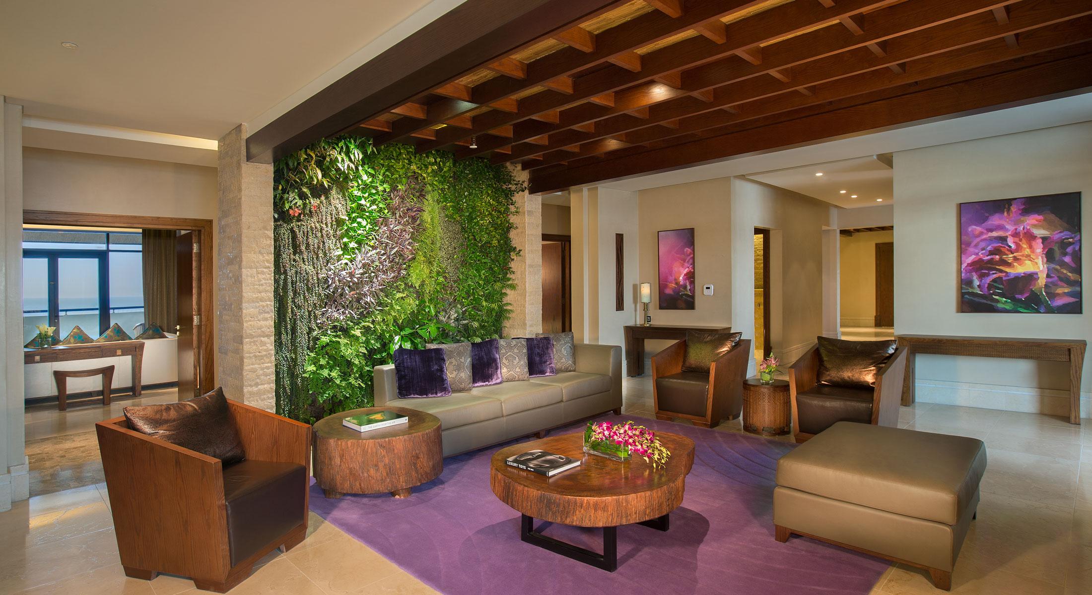 Идеи дизайна стен в гостиной комнате фото 3