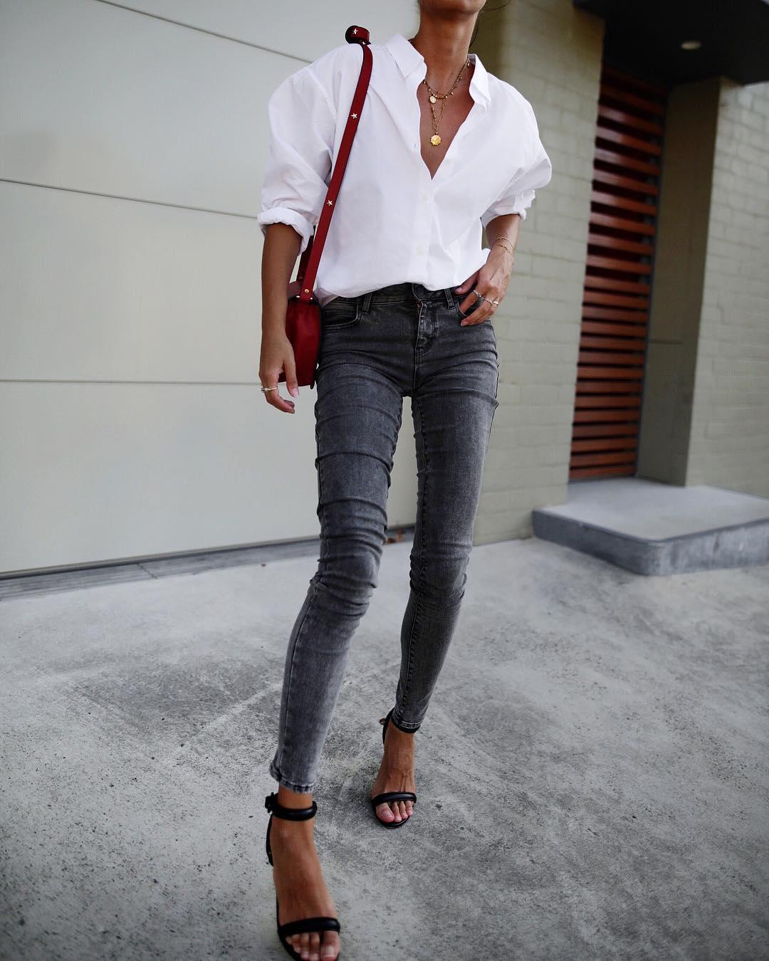 белая рубашка с джинсами фото 1