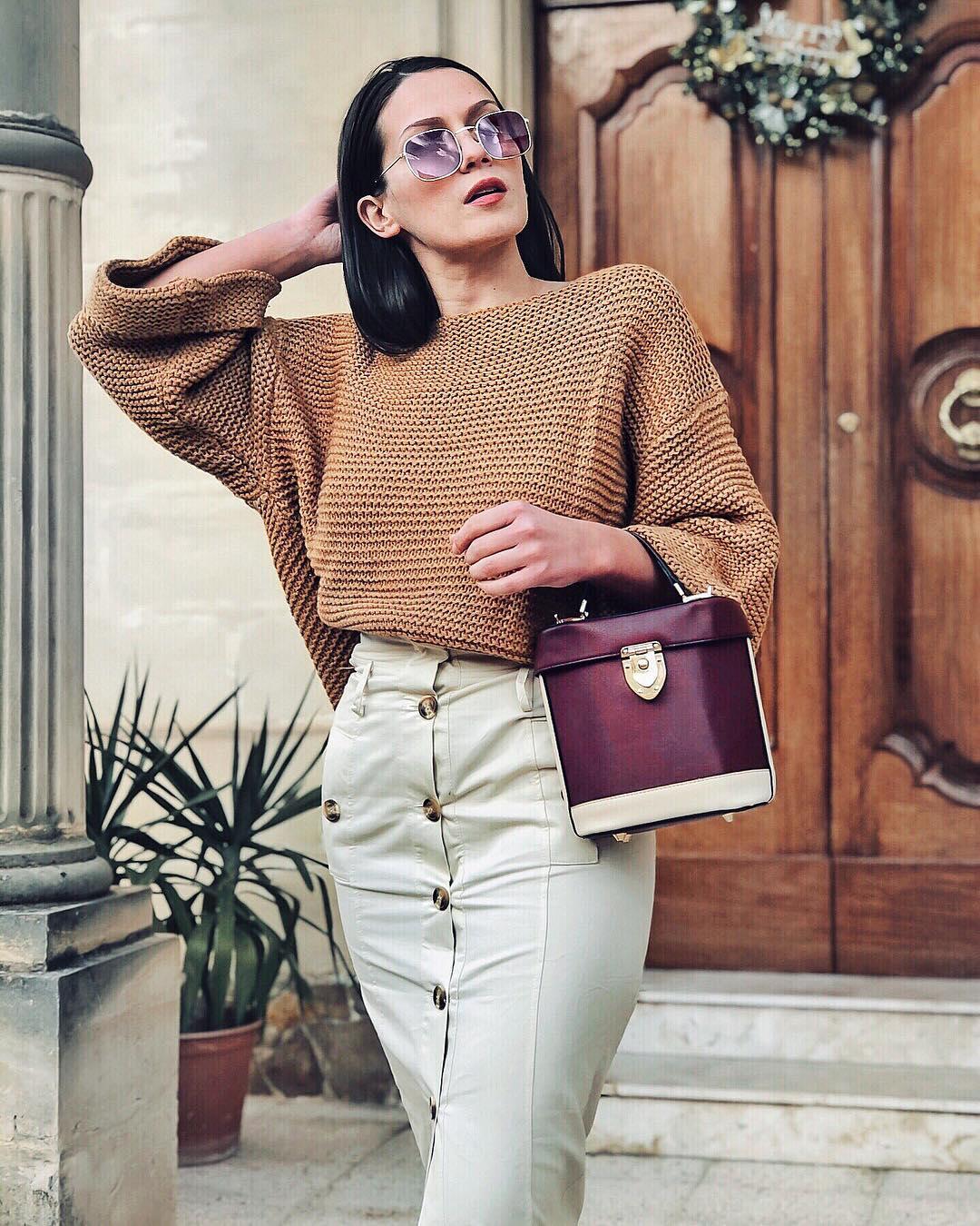 с чем носить свитер женщинам после 40-50 лет фото 4