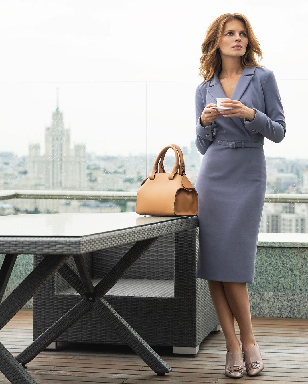 модные образы для бизнес-леди осень 2019 фото 9