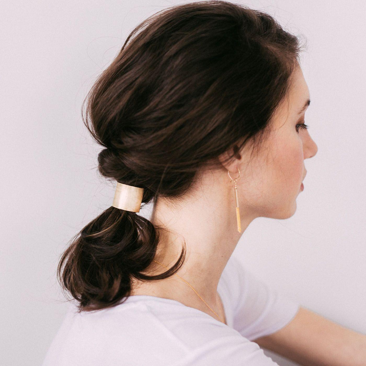 Хвост на средние волосы фото 6