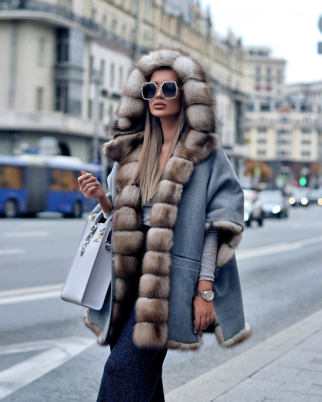 Пальто с капюшоном 2020 фото 1