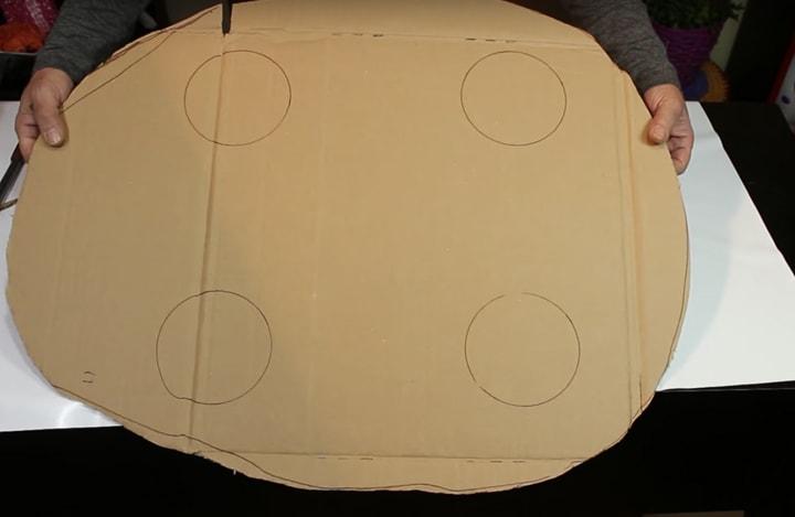 dazhe predstavit trudno iz chego sdelan jetot krasivyj stolik