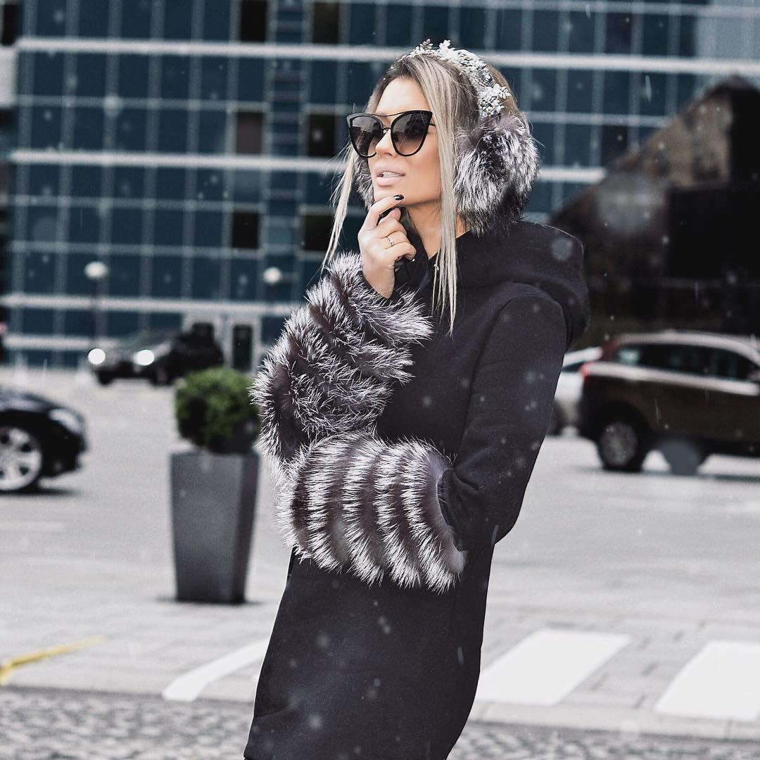 palto s kapjushonom 2020 trend novogo sezona 8 stilnyh dokazatelstv