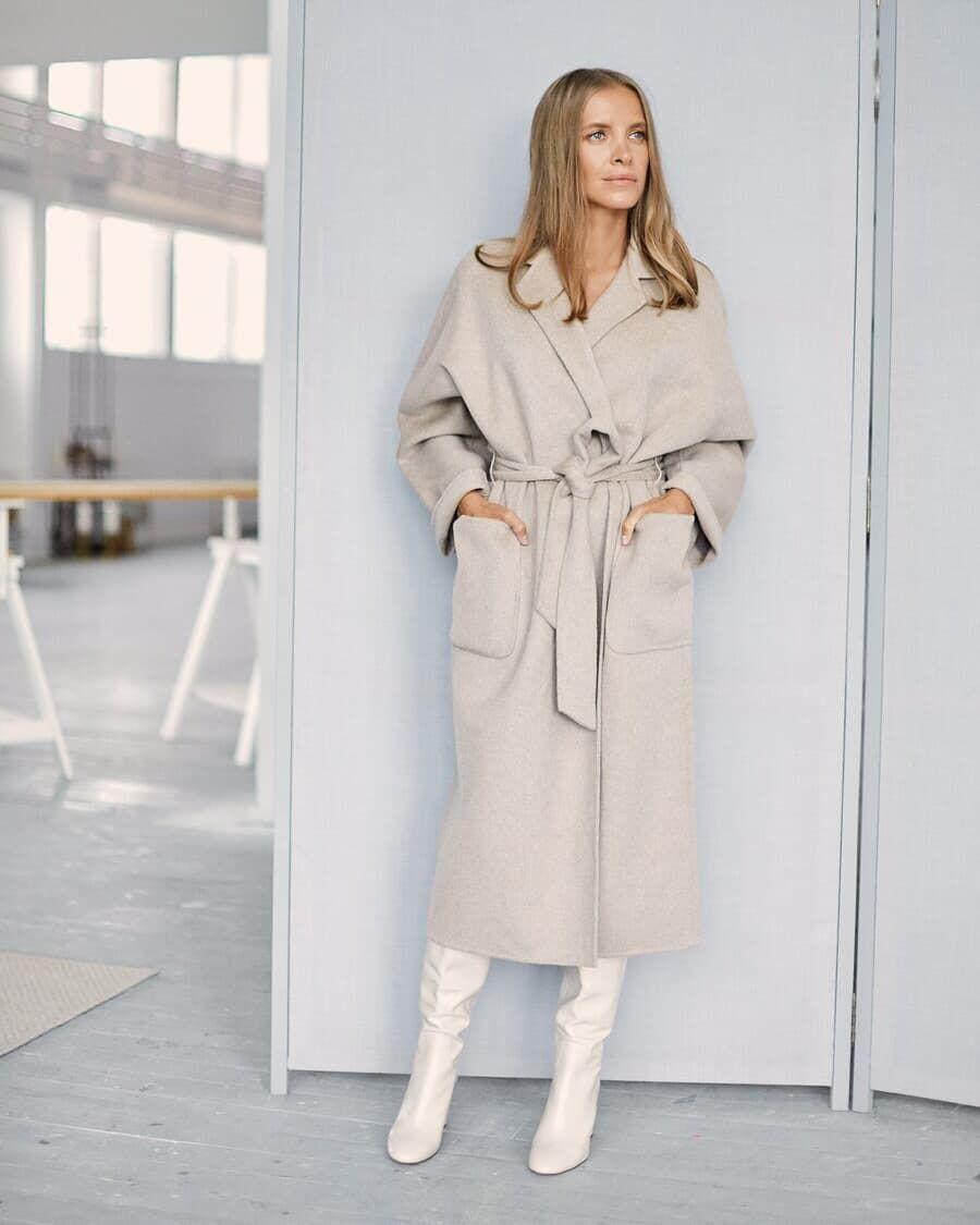 Пальто с поясом 2020 фото 4