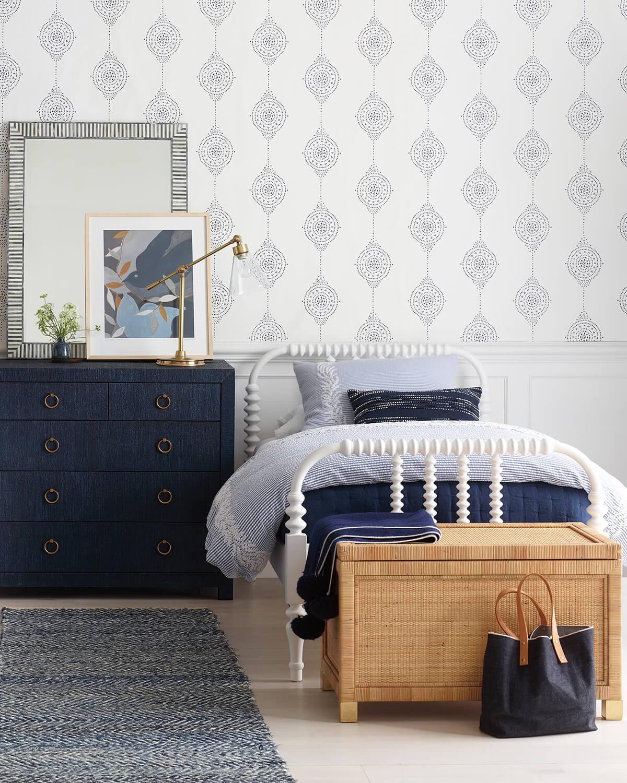спальня в тёмно-синих тонах фото 6
