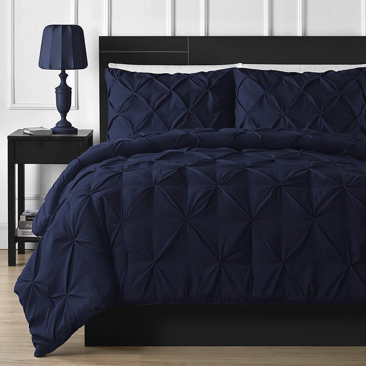 спальня в тёмно-синих тонах фото 12