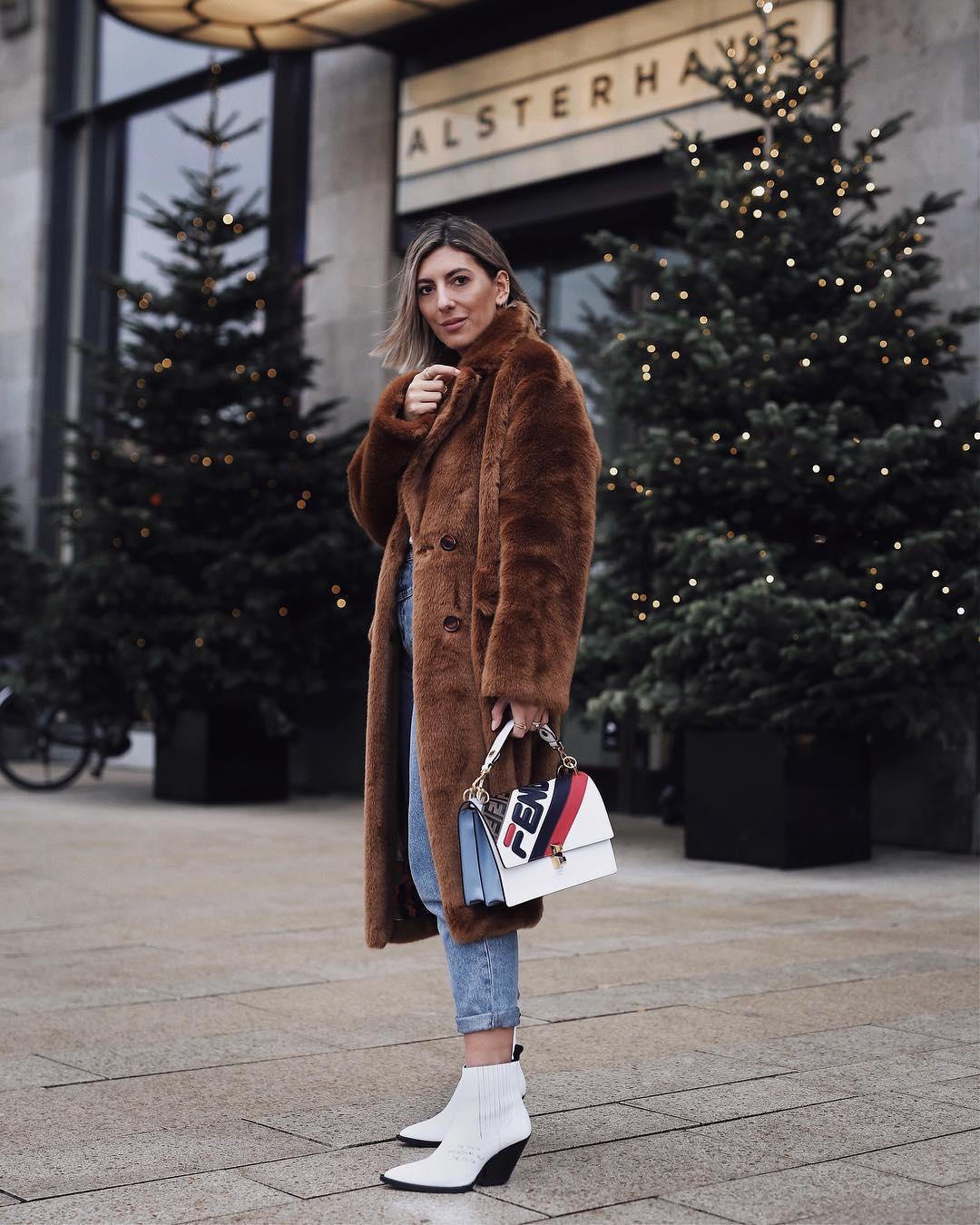 с чем носить джинсы зимой фото 10
