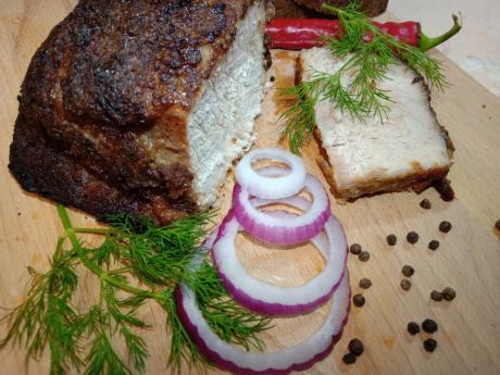 97sochnoe mjaso v shube iz marinovannogo borodinskogo hleba appetitnaja i aromatnaja korochka 1