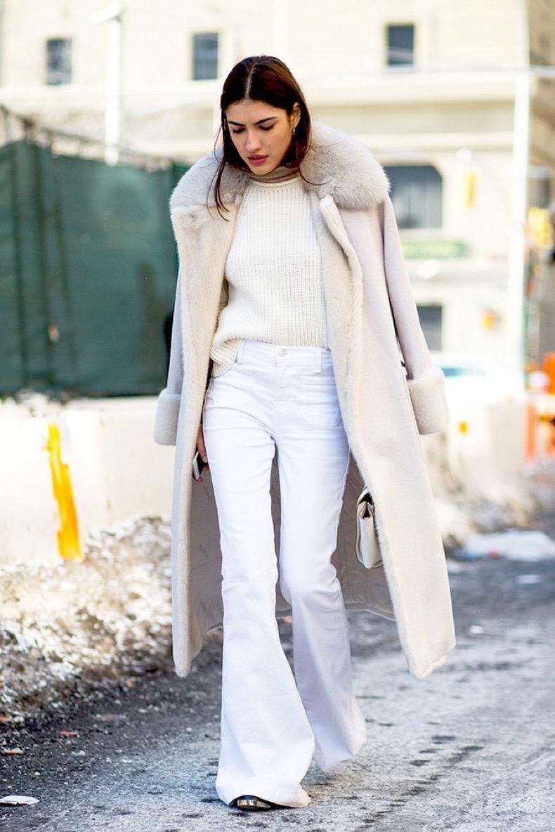 Модные зимние образы в белом цвете фото 4