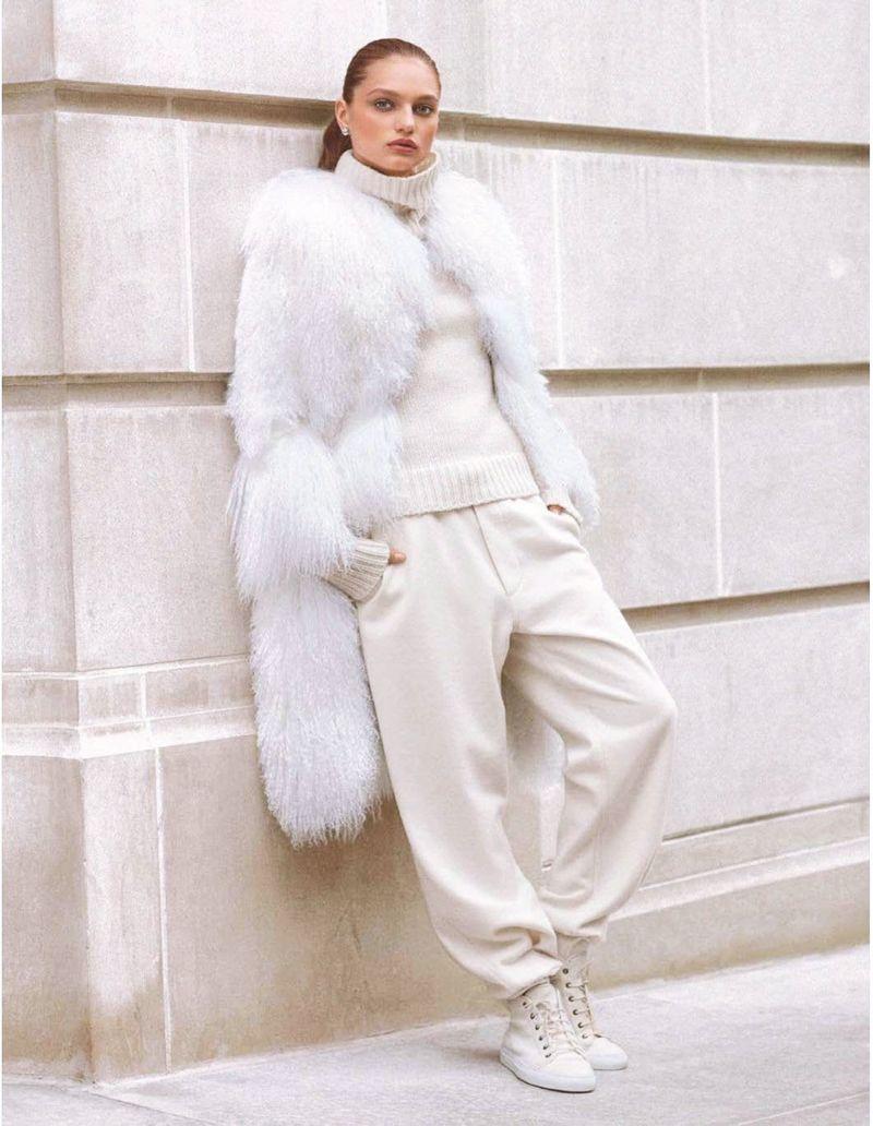 Модные зимние образы в белом цвете фото 3
