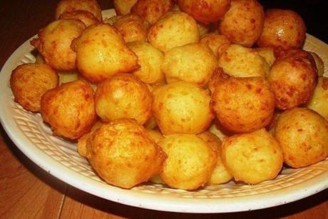 Картофельные пампушки с чесноком и сыром. Хрустящие сверху, нежные внутри