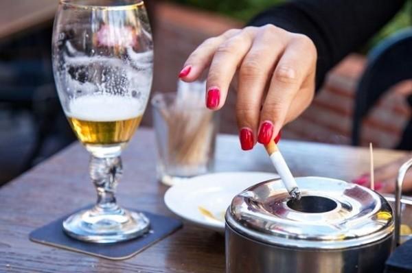 Как вредные привычки влияют на появление онкологии